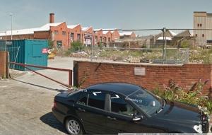 (c) Google Street View, 2014 > nach Entfernung des Schlots