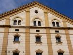 Zentrales Gebäude