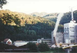 Schlotsprengung Papierfabrik PATRIA 1997
