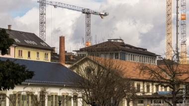 CH-Zurich-Zeughaushof-03
